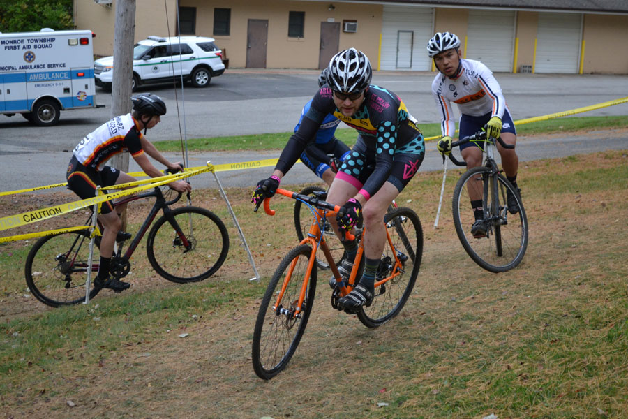 Starting the main climb. (photo credit Rutgers Cycling - https://www.flickr.com/photos/57354085@N05/)